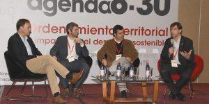 Agenda 8:30 : Gremios y autoridades regionales analizaron la necesidad de desarrollar un plan de planificación territorial
