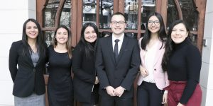 Estudiantes de la UA recibieron la entrega de beca para su intercambio en el extranjero