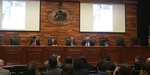 Académico de Derecho UA presentó su libro en el Tribunal Constitucional