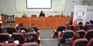 U. Autónoma pone acento en experiencias innovadoras para abordar problemática de jóvenes infractores de ley