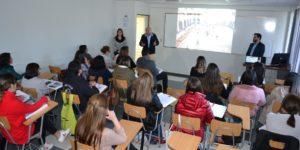 U. Autónoma aborda temática de convivencia escolar con programa académico para colegios del Maule