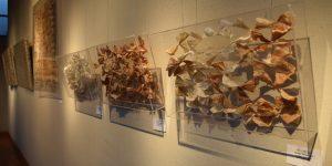 U. Autónoma presentó en Linares trabajo de artista Denise Blanchard