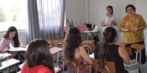 Egresados de Pedagogía en Educación Básica se capacitan en evaluación docente