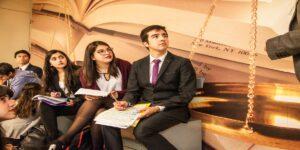Facultad de Derecho se posiciona como la segunda mejor entre las universidades jóvenes