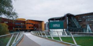 Nuevo convenio con Universidad de Limerick permitirá trabajos colaborativos de investigación